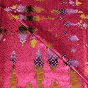 57.03904.025 Lycra Bedrukt Slangenprint Open fuchsia